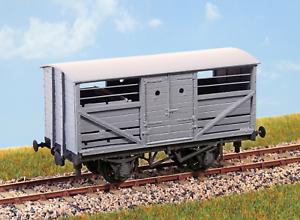 Parkside-PC50-OO-Gauge-LNER-Standard-Cattle-Wagon-Kit