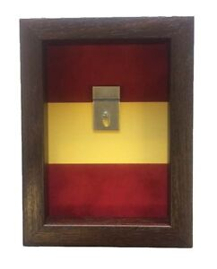 Small-Royal-Regiment-of-Fusiliers-Medal-Display-Case-For-2-Medals