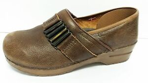 cf8dbedb4106 Sanita Women US 10 Brown Oiled Leather Clogs EU 41 Pre Owned Clean ...