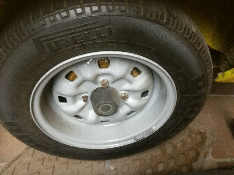 Ford escort sport rims and tyres