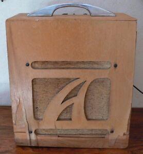 Model-5-Alamo-Amp-Vintage-Guitar-Amplifier