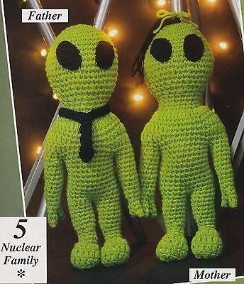 Little aliens...with button eyes, oh my! - Pops de Milk   400x344