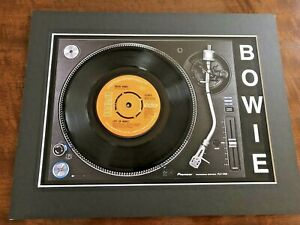 """David Bowie - Life On Mars - Genuine 7"""" Single Mounted on Record Player Print"""