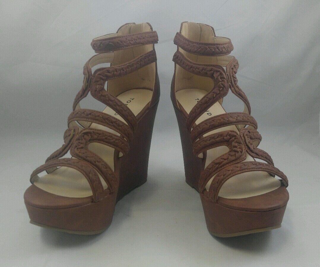 NIB Torrid 11W braun   Cognac Strappy Braid Platforms Sandals