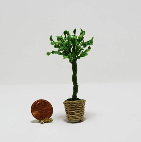 Dollhouse Miniature 1:12 Scale Small Tree