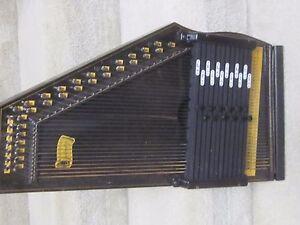 Oscar Schmidt vintage 12 chord autoharp-Jersey City,needs some TLC