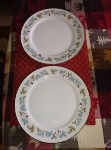 Image is loading Two-Fine-China-Of-Japan-White-Pattern-6701- & Two Fine China Of Japan White Pattern #6701 Vintage Dinner Plates | eBay