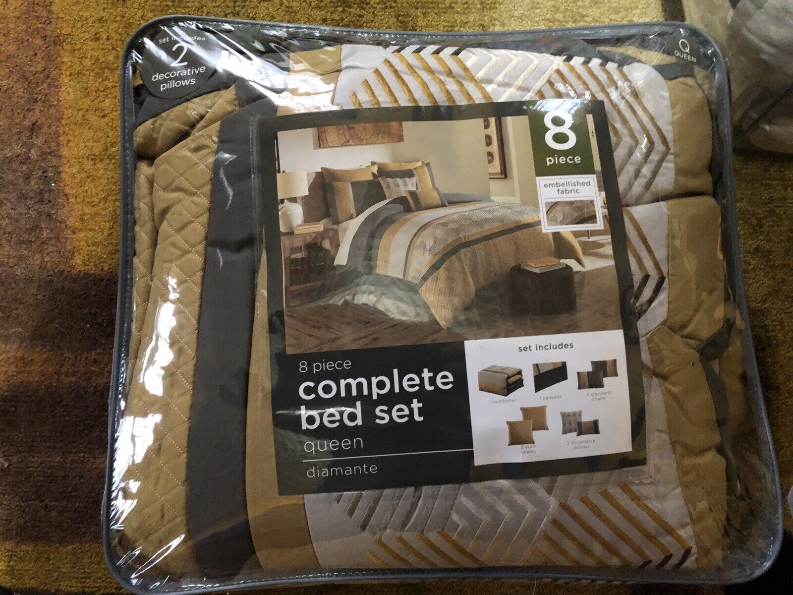 8 Piece Queen Bed Set Diamanté
