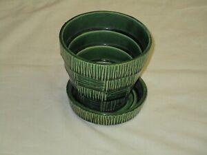 Vintage-McCoy-Pottery-Basket-Weave-Planter-with-Saucer