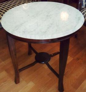 Biedermeier Tisch Rund, Kunst und Antiquitäten gebraucht