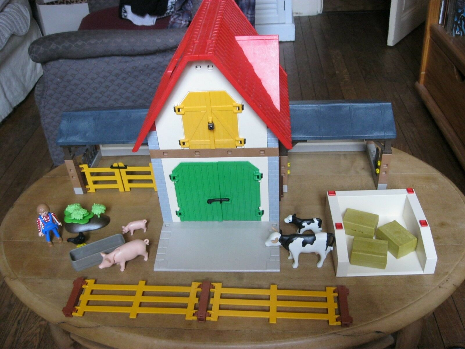 Playmobil la vie a la ferme set 4490