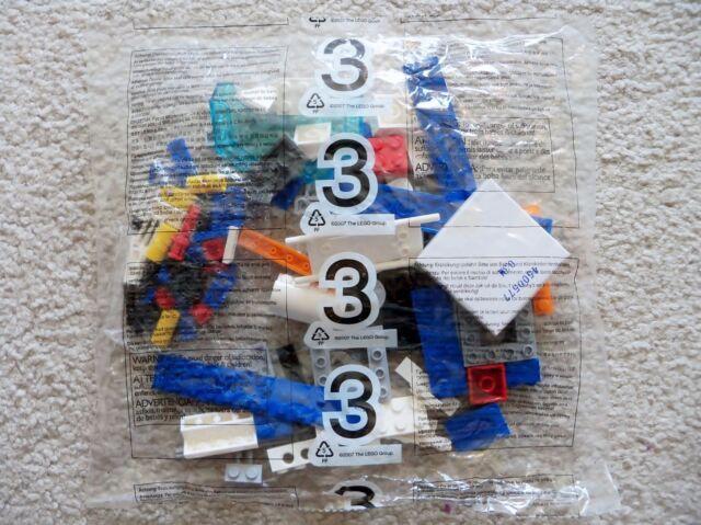 LEGO City - Rare - 7738 Coast Guard Helicopter and Life Raft - Bag #3