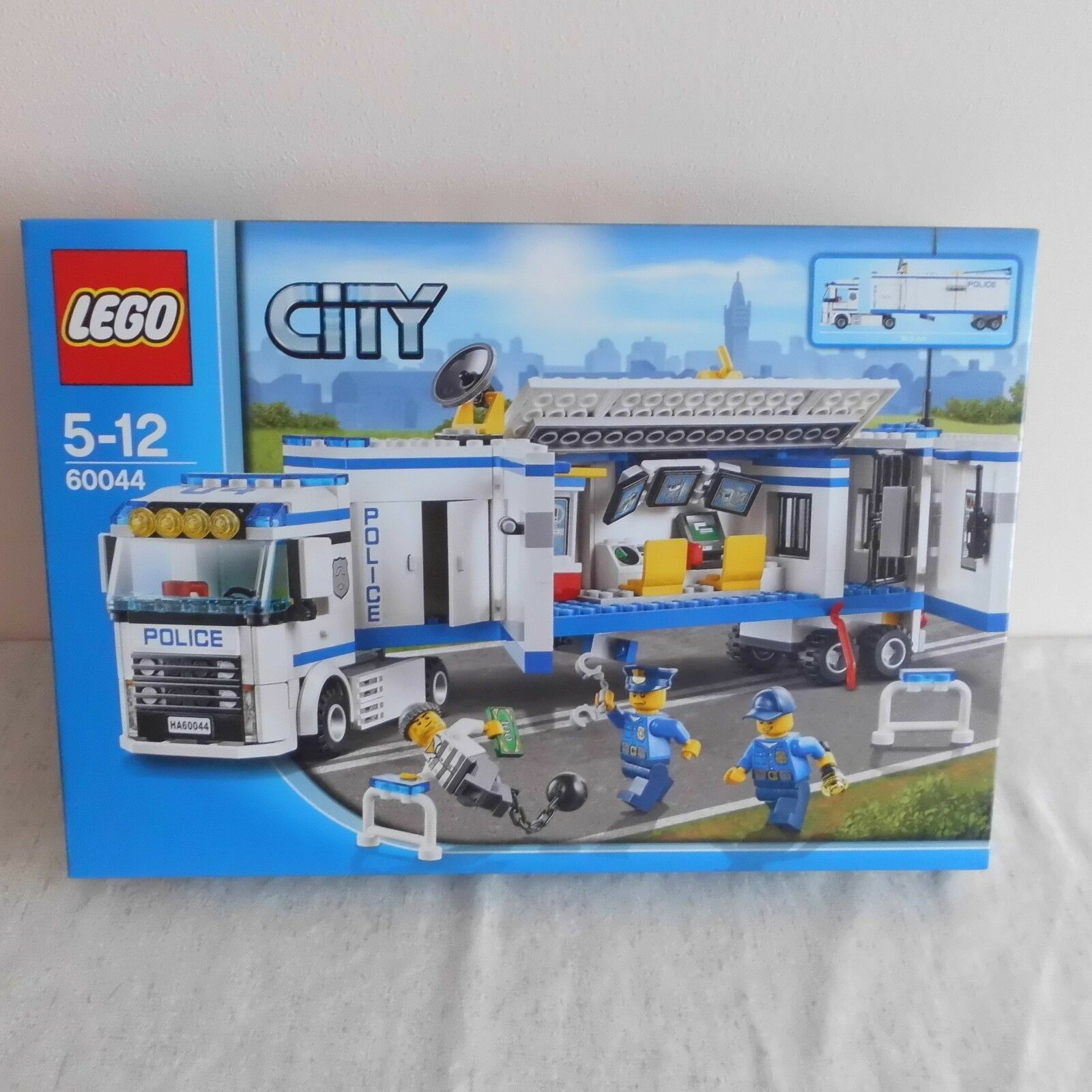 Lego 60044 Mobile Police Unit. B N Unopened.