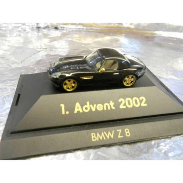 ** Herpa 20021 1 Advent BMW Z8 With Display Box 1:87 HO Scale