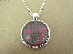 Scottish-Highland-Tartan-Design-Silver-Pendant-Glass-Necklace-New-in-Gift-Bag