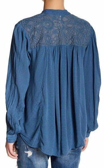 Free People OB553517 Canyon Rosa Long Sleeve Buttondown Shirt in Blau