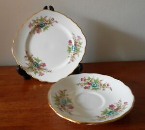 Colclough-Bone-China-Side-Plate-amp-Saucer-Pattern-No-6635-Vintage-C1940s-England