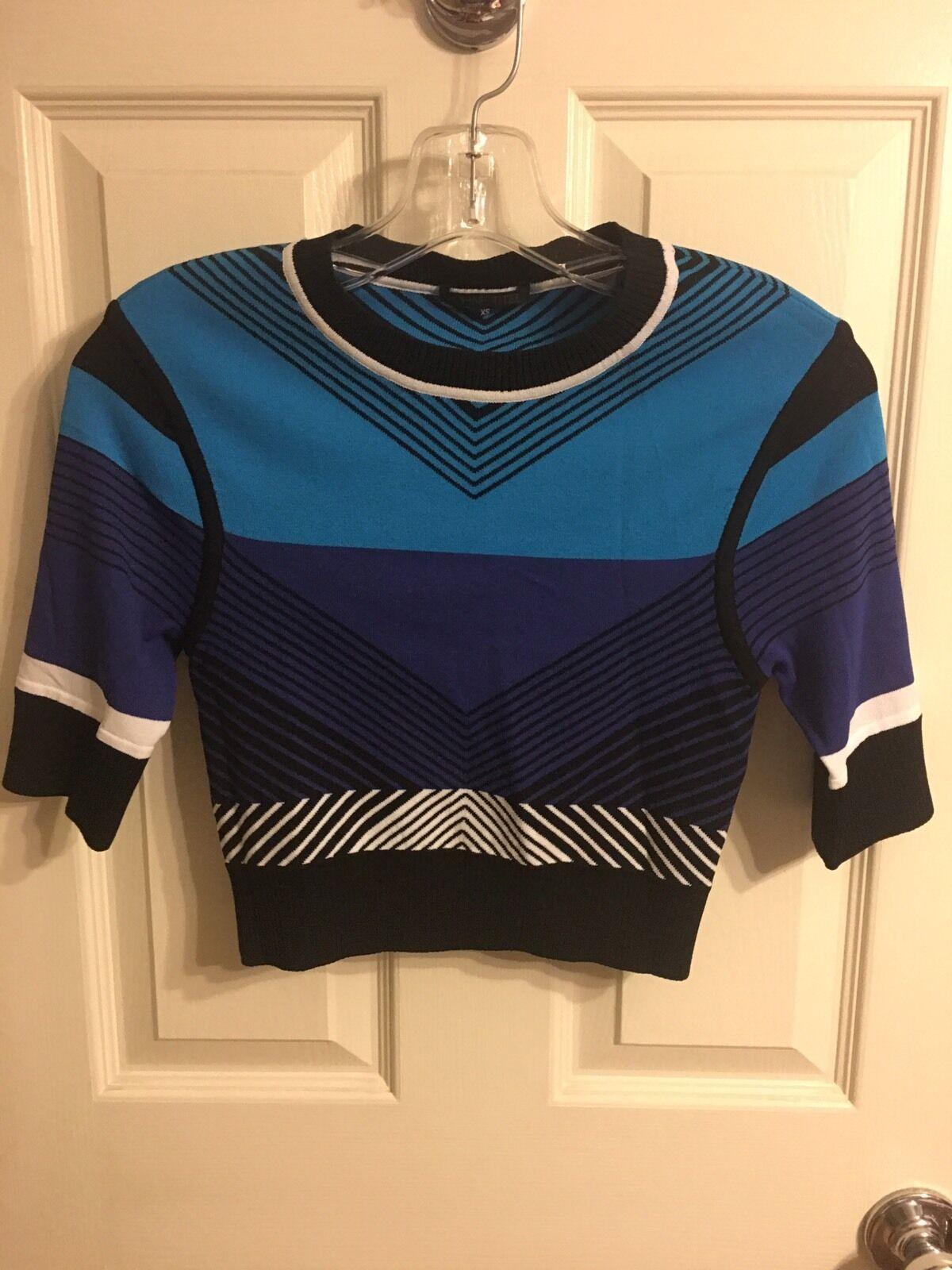 Ohne Titel Blau Combo Short Sleeves Crop Top NWOT Größe XS