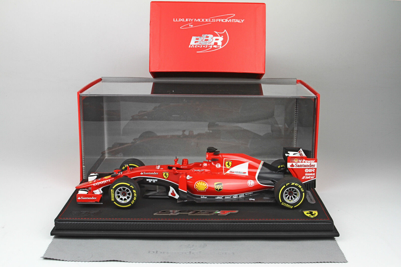 Ferrari SF15-T Winner GP Singapore 2015 2015 2015 Vettel 1/18 lim.ed.250 pcs P18124 BBR | Luxuriant Dans La Conception