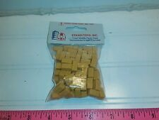 1/64 ertl farm toy standi toys plastic small square straw bales aprox.100 bagged