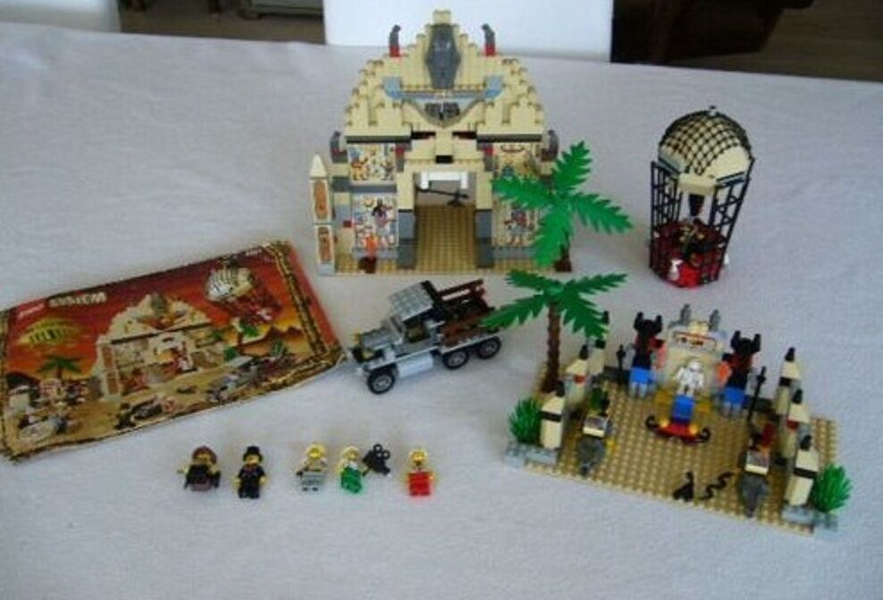 LEGO 5988 AVVENTURIERI Set N. 5988 il tempio di annubis FARAONE RARA smobilizzato