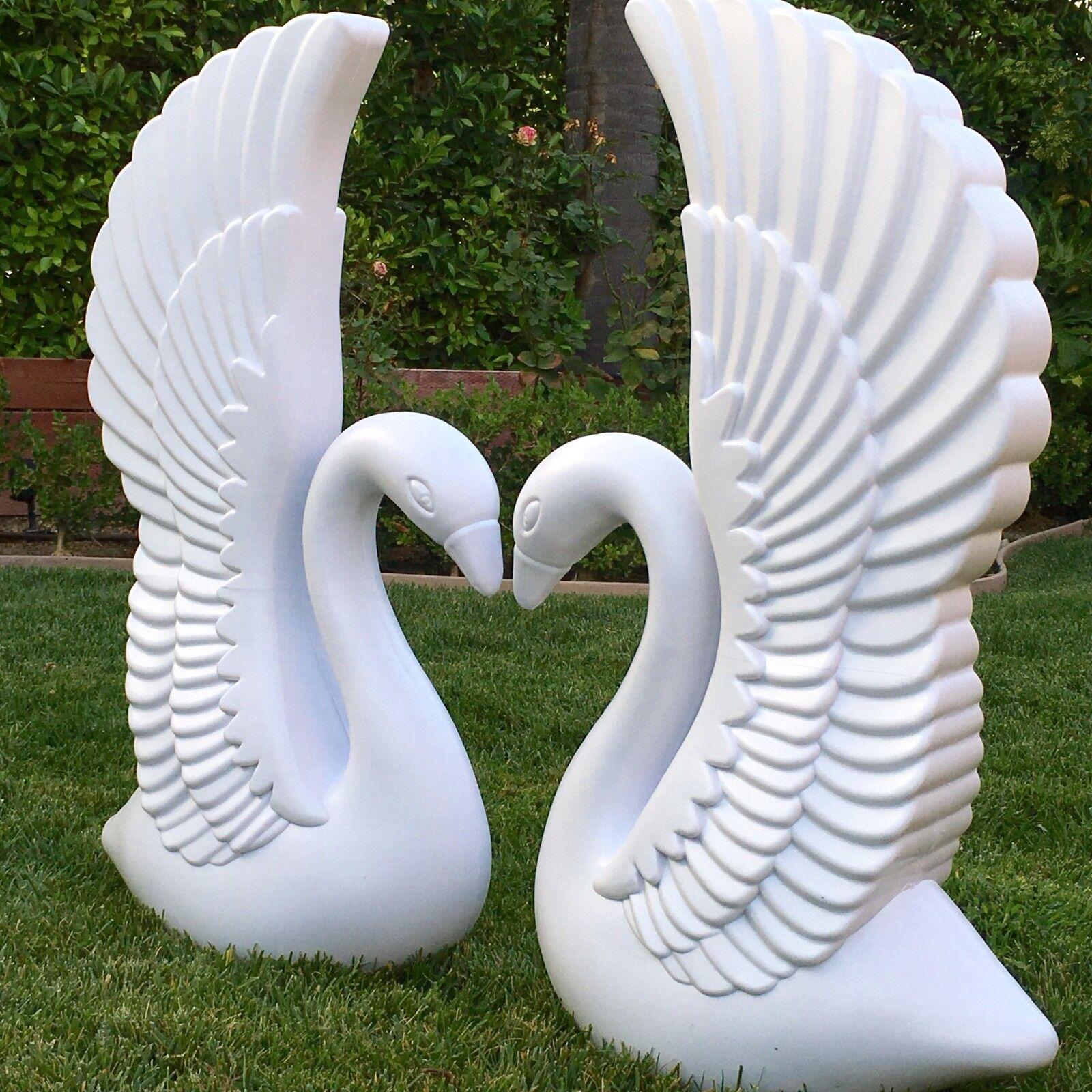 Elegant Weiß Plastic Swans and Roman Wedding Columns Garden Decorative Prop Set