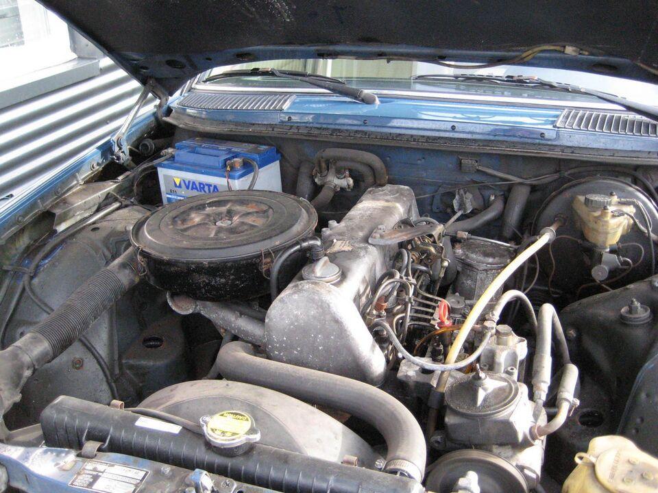 Mercedes 300 3,0 D Diesel modelår 1982 km 645000 Blå træk