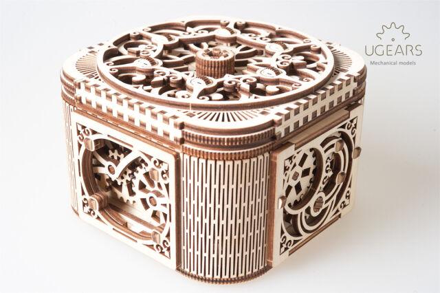 UGears Treasure Box - Wooden Mechanical Model - 190 Pieces