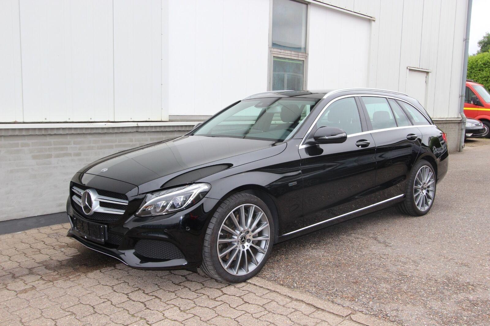 Mercedes C350 e 2,0 AMG Line stc. aut. 5d - 495.000 kr.