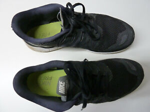 Nike-Free-Run-5-0-Gr-44-US-10-28-cm-Nike-642198-001-black-white