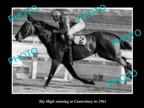 OLD 8x6 HORSE RACING PHOTO OF SKY HIGH WINNING AT CANTERBURY IN 1961