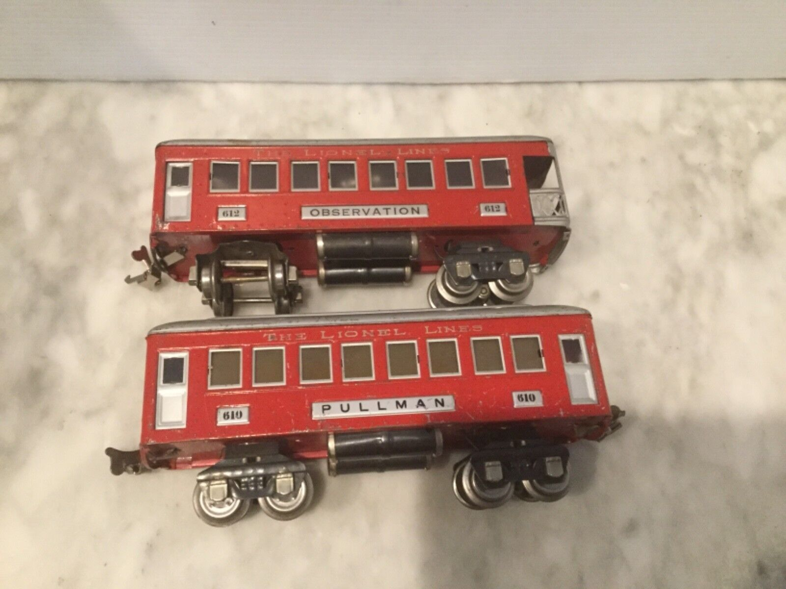 LIONEL O GAUGE 610 PASSENGER CAR &  612 OBSERVATION CAR-LIGHT WORK