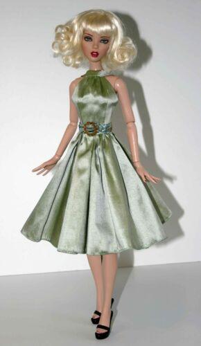 "Fall Dress /& Coat Doll Clothes Sewing Pattern for 16/"" Deja Vu Tonner Dolls"