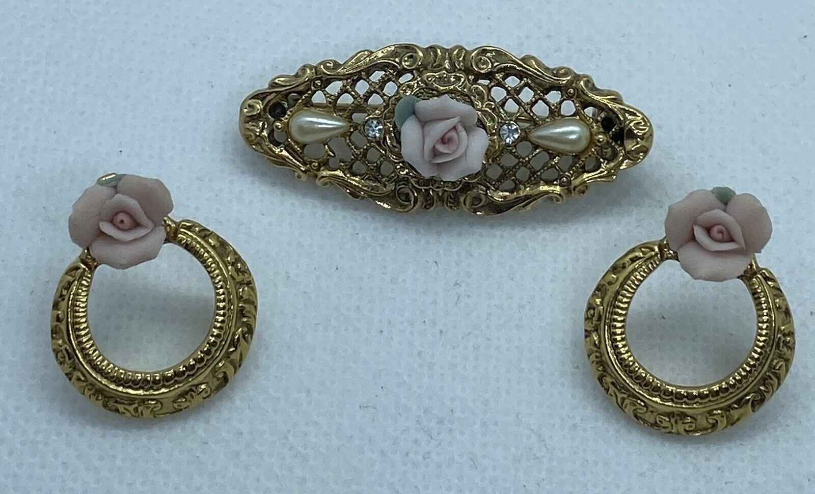Vintage Ornate Gold Tone Lace Porcelain Rose Pear… - image 2