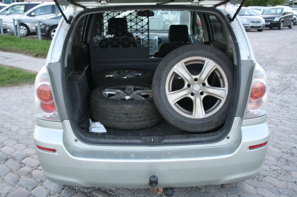 Toyota Corolla Sportsvan 2,2 D-CAT 177 Sol Sport Diesel