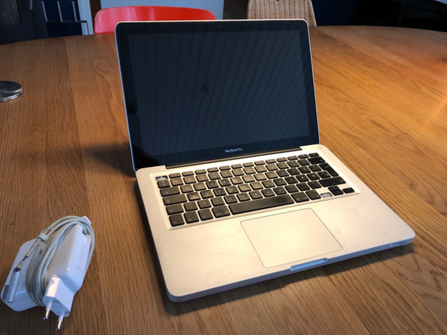 MacBook Pro, A1278, 2,5 GHz, 8 GB ram, 500 GB harddisk,…