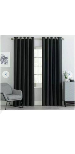 117 cm x 137 cm Argos œillets Blackout Rideaux en noir