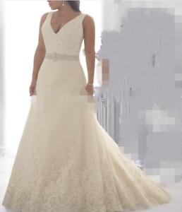 2021 New Lace V Neck A-Line Zipper Wedding Dress Bridal Gown Plus Size UK 18--30