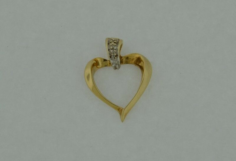 gold-Diamond Heart Pendant .001ct 10K Yellow gold 1.4g (FCO003850)