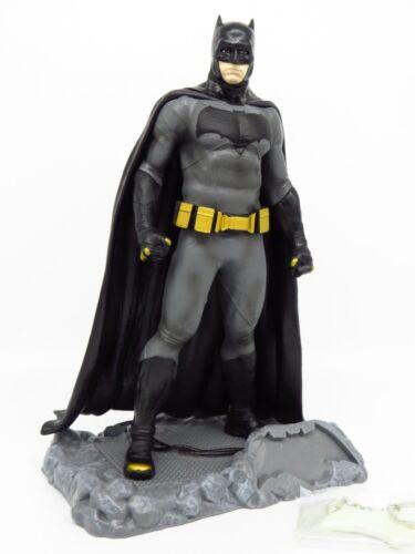 DC AlterEgo Loot Crate DX 2017 Batman Finders Keyper Statue Batman Figure