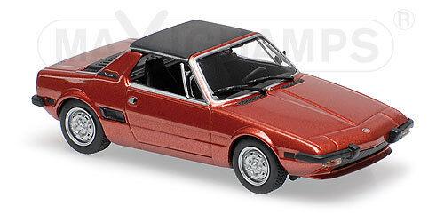 FIAT X9 1  ROUGE 1974   MINICHAMPS   1 43