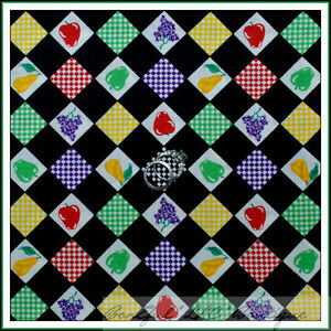 BonEful-Fabric-FQ-Cotton-VTG-Quilt-Fruit-Block-Check-Feedsack-B-amp-W-Red-Green-Xmas