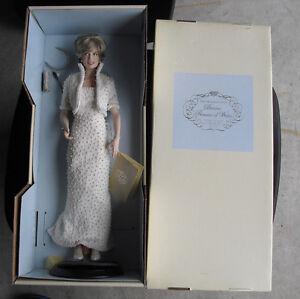 Franklin-Mint-Porcelain-Princess-of-Wales-Diana-Doll-17-034-Tall-MIB