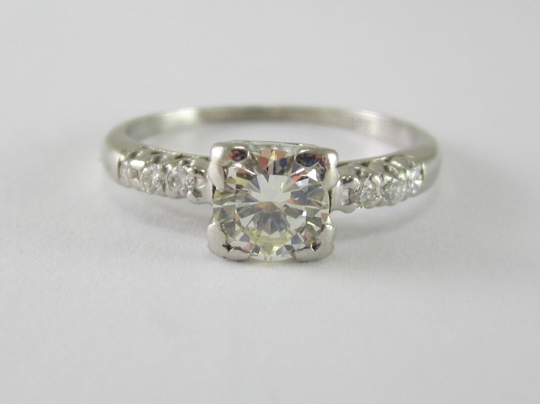 ESTATE LADIES PLATINUM DIAMOND ENGAGEMENT RING 0.57CT GIA  3,554.00