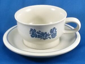 Pfaltzgraff Yorktowne Cup and Saucer Set 8 oz Off White Speckled Stoneware Blue