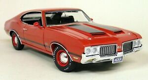Acme-1-18-Scale-A18055608-1970-Oldsmobile-442-W-30-Red-diecast-model-Car