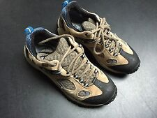 Merrell Chameleon Gore-Tex XCR Low - Women's Hiking Boots/Shoes - Size 9 - Beige