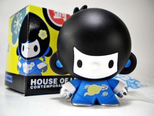 House of Liu Contemporary Toy Figure Vinyl Ninja BLUE BABY DI DI boy