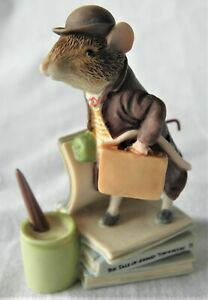 BORDER-FINE-ARTS-BEATRIX-POTTER-THE-TALE-OF-JOHNNY-TOWNMOUSE-STORYBOOK-FIG