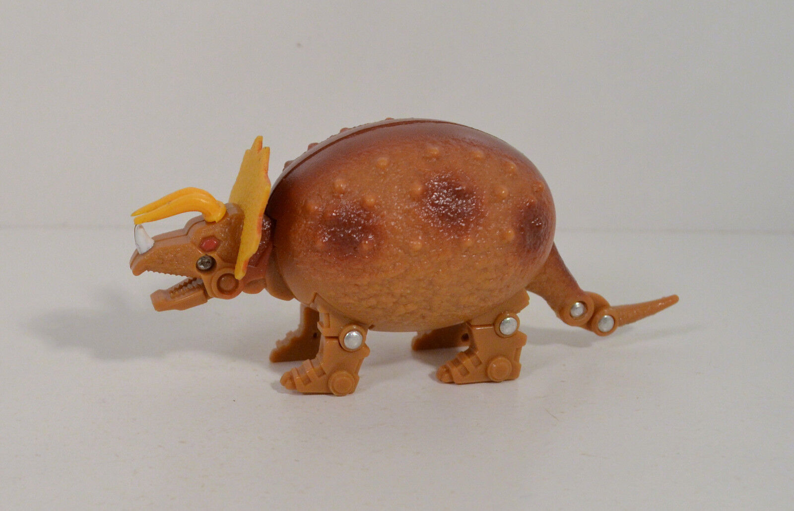 1993 Triceratops 4.5 4.5 4.5  Jurassic-Era Transformable Dino-Egg Meteorbs Action Figure 48fc24